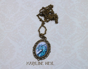 Dragon blue cabochon necklace