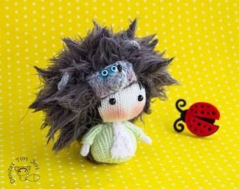 Hedgehog Tanoshi Doll.