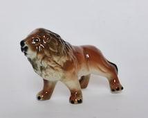 Mid Century Vintage Porcelain Lion Figurine ~ 1950s Kitsch Decor ~ Jungle ~ African Decor ~ Big Cat Figurine