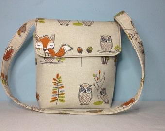 Small Messenger Style Shoulder Bag