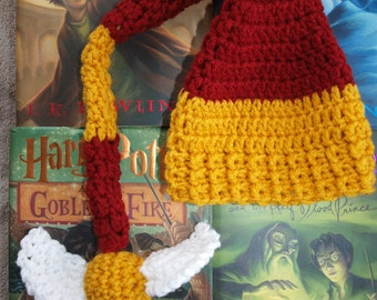 newborn inspired  Harry Potter stocking snitch hat, baby Harry Potter stocking hat with snitch, Harry Potter baby stocking hat photo prop