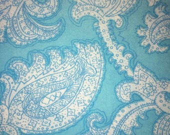 Vintage Crepe Quilt / Dress Fabric sold by the Yard