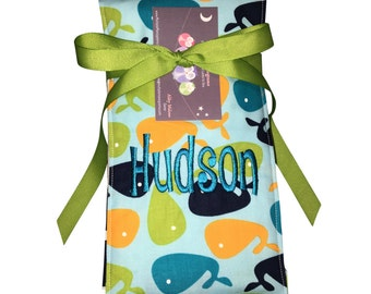 Monogrammed Burp Cloth, perfect for new baby. Custom for boy or girl.