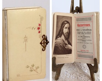 Antique Bible German Prayer book daily prayers Locked bible gold edges from 1919 small rare third edition with inside illustrations