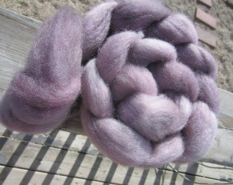 feather carded shetland - hand dyed roving (147g/5.2oz)