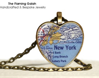 NEW YORK Map Pendant • Heart Shaped New York Map • Vintage NYC Map • Gift Under 20 • Made in Australia (P0467)