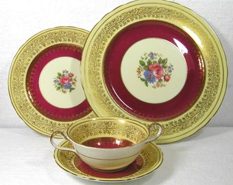 Aynsley Place Setting;Soup Coupe,Salad Dinner Plate 7773 Pattern Burgundy,Gold  in Very Good Condition