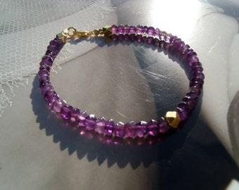 Amethyst metal of beads Gold Bracelet