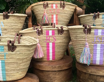 custom monogrammed bag, customize straw bag, initialed beach bag, gift hand bag, personalized french market basket, personalized beach bags