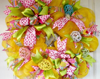 Easter wreath, Easter mesh wreath, Easter Egg Wreath, Yellow Wreath, Spring Wreath, Indoor Outdoor, Door Wreath, Door Decoration