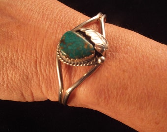 Native American Style Sterling Silver Cuff Bracelet  Turquoise 12.83 grams, Ethnic Jewelry, Vintage Jewelry Free Shipping