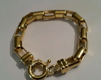 Gold Link Bracelet Costume Jewelry