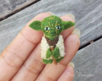 Star Wars Plush Toy, Miniature Felt Yoda, Yoda Stuffed Plush, Tiny Felt Yoda, Miniature Felted Yoda, Handmade Master Yoda, Yoda Plushie