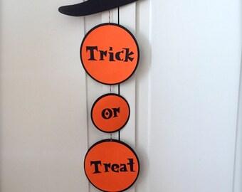 Halloween Door Hanger - Trick or Treat Witch