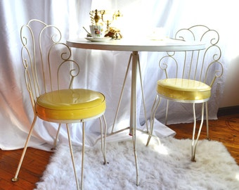 Vintage Parlor Table and Chairs Set  - NEW PRICE!