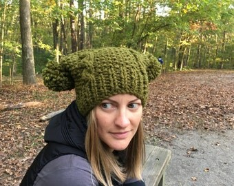 "Hand knit women's ""Jakey"" hat"