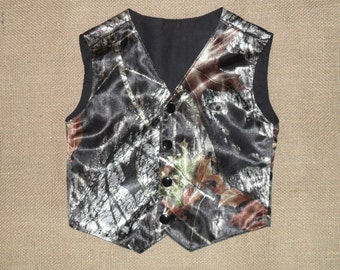 Boys and Men Camo vest Mossy oak break up Satin fabric shown in pic. #1 in fabric selection. NB to size kids 10.Also 22 other camo colors