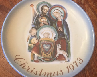 "1973 Christmas Plate - Sister Berta Hummel ""The Nativity"""