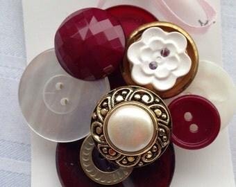 SALE! Vintage Button Cluster Brooch ~ Vintage Button Jewelry ~ Vintage Button Pin ~ Vintage Brooch Pin ~ Button Brooch ~ Vintage Pin