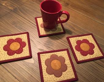 Flower Coaster Set / Quilted Mug Rugs / Item #1398
