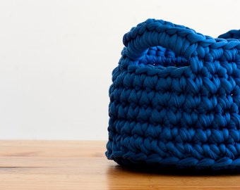 Crochet blue basket.