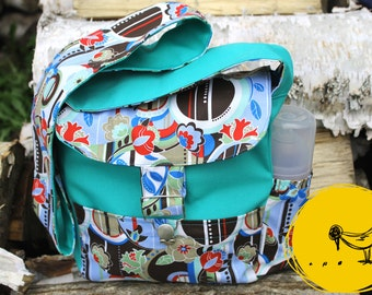 Small layer turquoise tropical flower bag