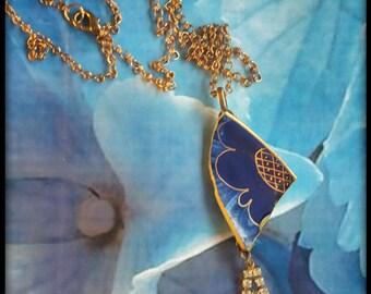 Handmade broken china royal blue and gold two-parts pendant
