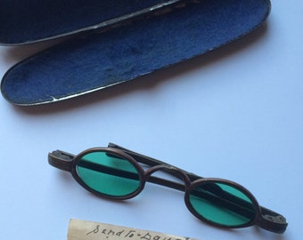 Civil War Era Sunglasses with Metal Case