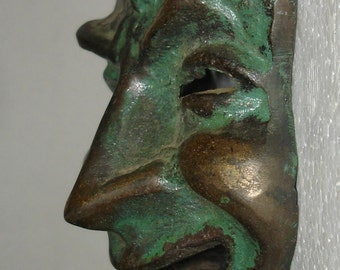 small brass - wall / wall mask