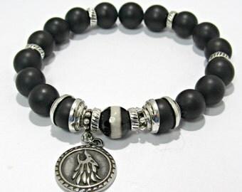 Wolf Bracelet, Bracelet, Mans Beaded Onyx Bracelet, Stainless steel, Onyx Jewelry, Black and White Tibetan Agate, Gift