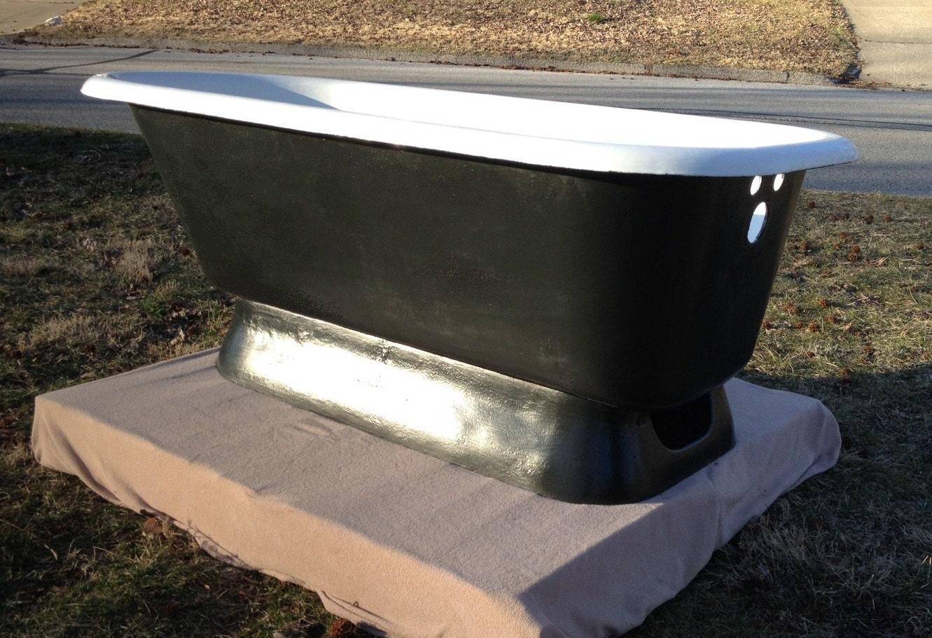 antique crane  pedestal tub vintage pedestal bathtub - 🔎zoom