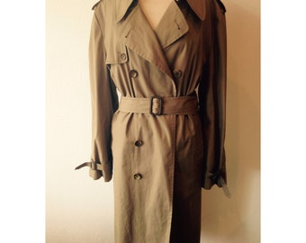 XL London Fog tan trenchcoat with faux fur removable lining - London Fog coat