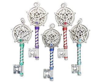 Triquetra Pentacle Key Pendant Celtic Knot Wicca Elemental Key