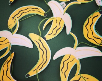 Banana paper garland, wedding  decor, nursery decor, summer party decor; free UK delivery