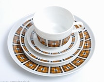 Vintage set of Porcelain Tea or Coffee Cup and three saucers, Stadtlengsfeld Colditz Germany  (C0218)