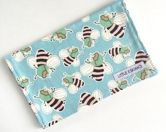 Burping Cloth, Baby Burp Cloth, Burp Cloth, Shower Gift, Retro Bees  /  IN STOCK