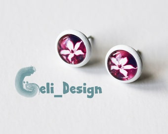 Cabochon earrings flower white pink