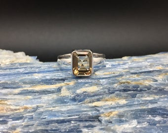 Citrine Silver Ring // 925 Sterling Silver // Rectangle Setting