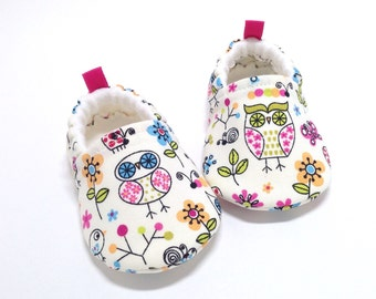 Owl Baby Shoes, Soft Sole Baby Shoes, Baby Booties, Baby Shower Gift, baby gift, Owl Toddler slippers, Owls, cream baby shoes