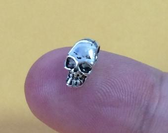 8 Sterling Silver Skull Beads, Sterling Skull Beads, 925 Silver Skull Beads, Small Skull Beads, Skull Bracelet Beads, Tiny Skull Beads -E129