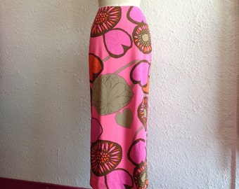 1960s Pink printed maxi skirt