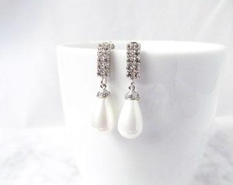 Silver pearl earrings, pearl drop earrings, bridal Pearl Earrings, pearl bridal earrings, modern pearl earrings, pearl and silver earrings,