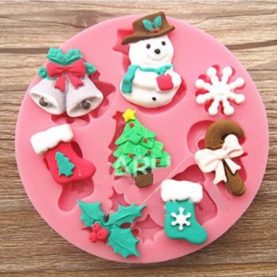 Fondant Cake For Christmas : Christmas Icing Fondant Silicone Mold Create by ...