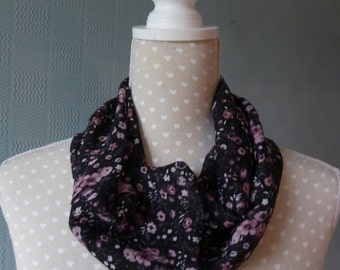 Chiffon snood scarf, summer scarf, loop scarf, ditsy flowered scarf