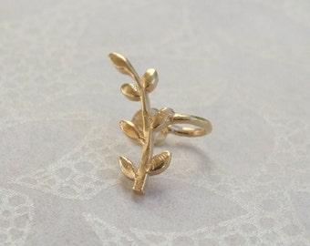Gold Ear Cuff, Gold Ear Clip, Gold Earrings, Gold Leaf Earrings, Leaf Ear Cuff, Leaf Ear Clip, Nonpierced Earrings, Yellow Gold Earrings