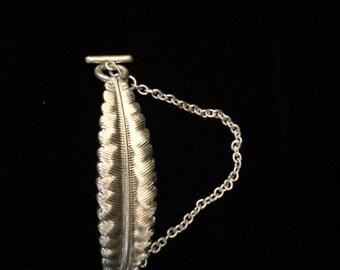 Silver Leaf Bracelet, Leaf Jewelry, Fall Leaf Jewelry, Nature Jewelry, Nature Bracelet,silver toggle Bracelet, Leaf Bracelet, Boho bracelet