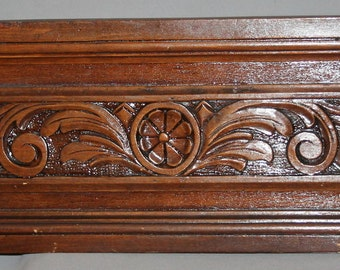 Vintage Hand Carving Wood Wall Haniging Floral Plaque