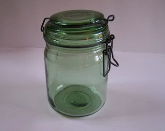 Green glass jar Durfor vintage engraved 34 US fl oz Made in France