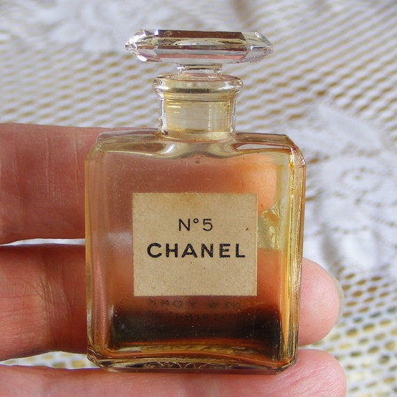 Vintage Chanel No 5 Perfume Bottle With Stopper Size 9 Small