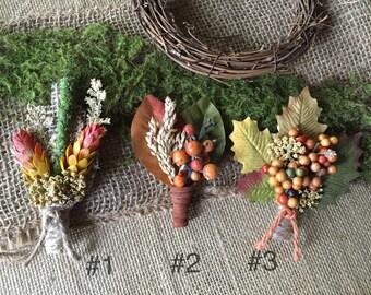 Boutonnières/ fall boutonnières/ Autumn boutonnières/ Thanksgiving boutonnière/ rustic boutonnières/ woodland boutonnières/ buttonhole